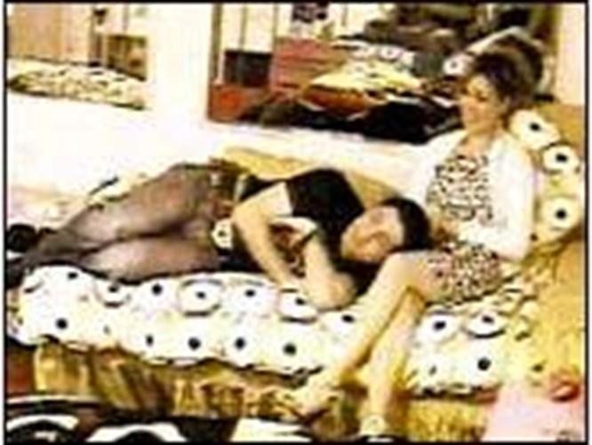 Reyting uğruna kadınlar aşağılanıyor